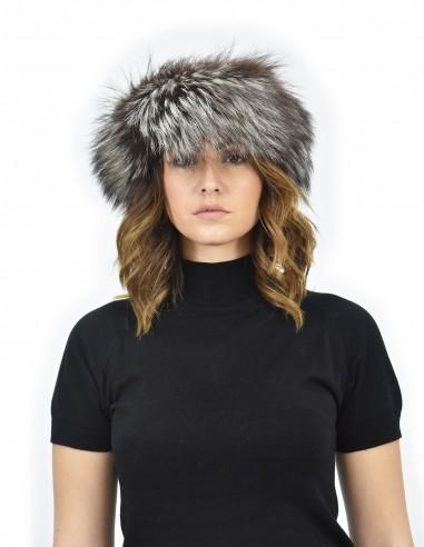 Cappello con bordo in pelliccia di volpe argentata piccolino