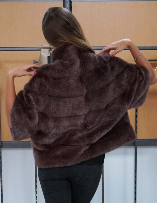 Jacke horizontal Nerzpelzes Farbe Zwiebel schlank