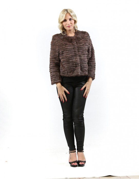 Fur jacket lapin woman with brown sleeves and buttons clips