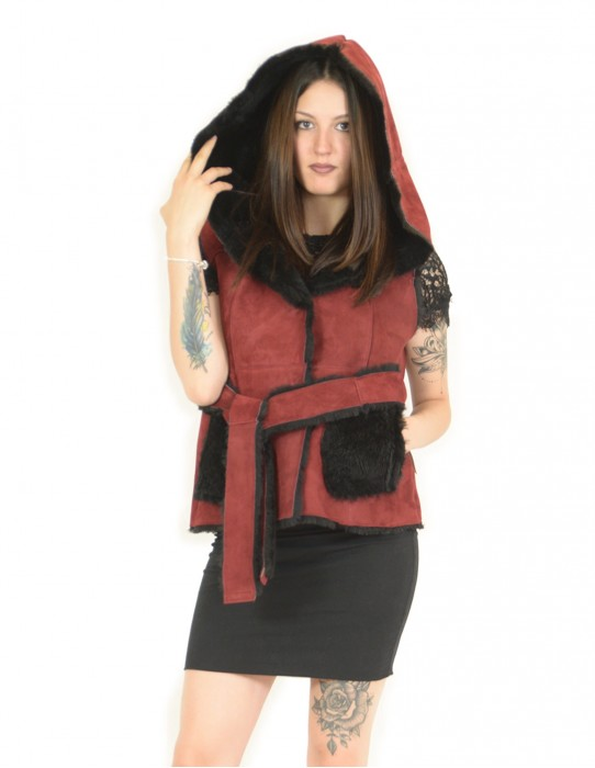 Vest in red and black 46 sheepskin with hood montone баранина Hammel mouton