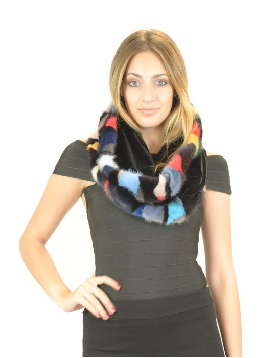 hooded collar in velvet and colored mink Collo pelliccia Pelzkragen col fourrure