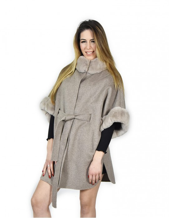 44 poncho with cashmere sleeves and rex fur Ivory with belt montone баранина Hammel mouton