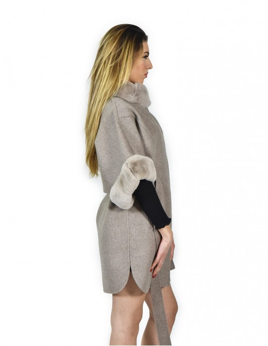 46 poncho with cashmere sleeves and rex fur Ivory with belt montone баранина Hammel mouton