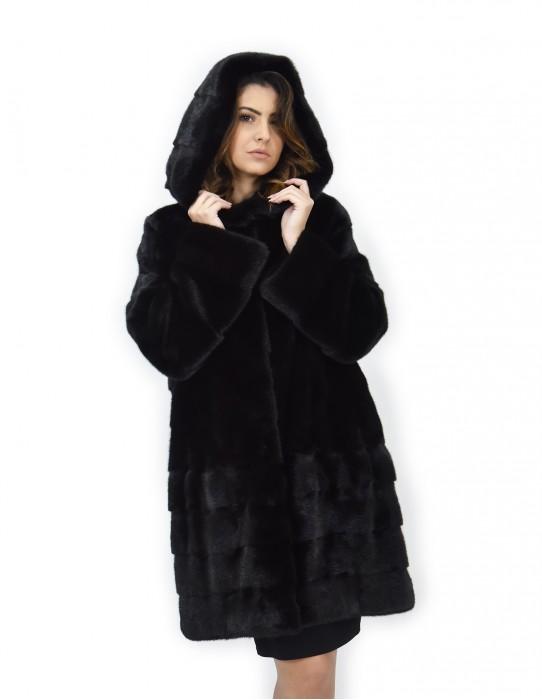 Black coat 50 horizontal and transverse mink fur hood 88 cm