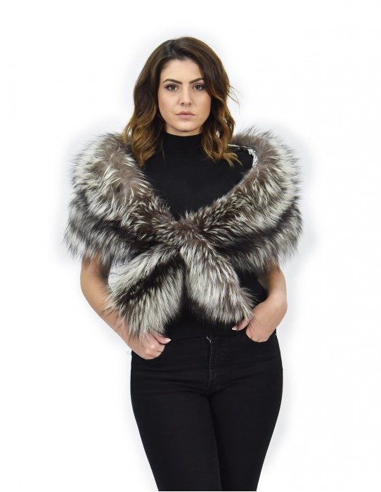 Stole fur of silver fox with closure and lining silver glitter