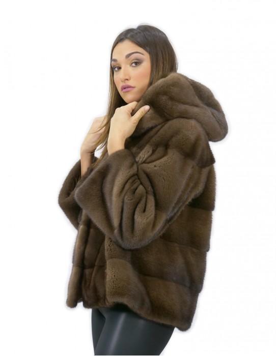 56 Giacca in pelliccia di visone con cappuccio manica 3/4 corta colore demy buff