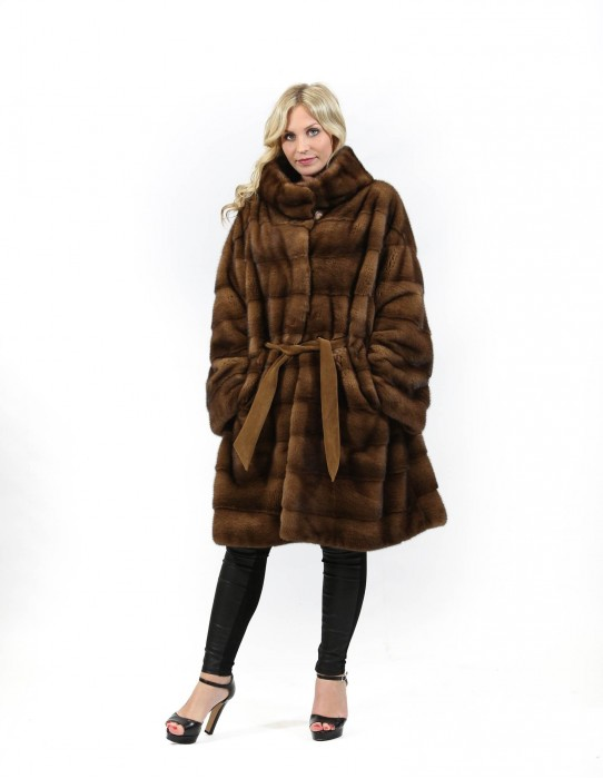 Fur mink coat worked horizontal wild star braschi leather belt