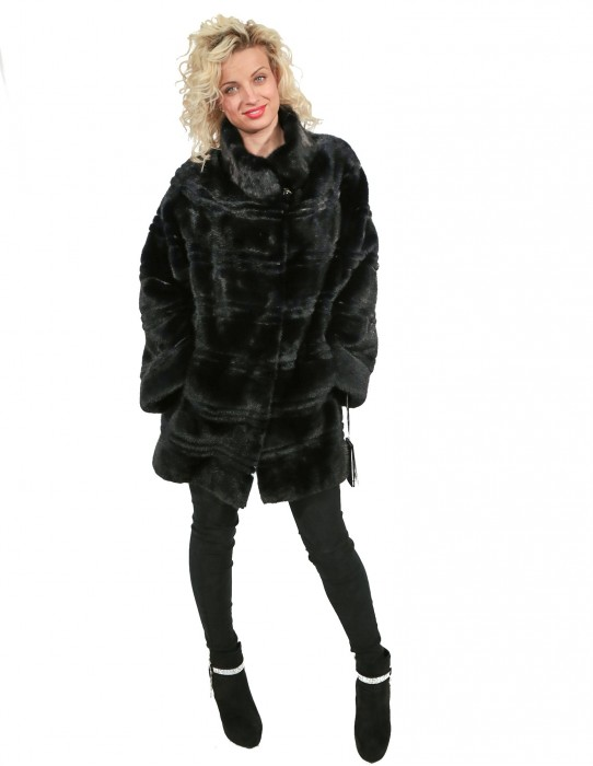 MINK FUR BLUE GRAPHITE PROCESSING WITH DIFFERENT HEIGHTS HORIZONTAL LARGE AND NECK